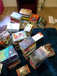 bookshelfMESSY